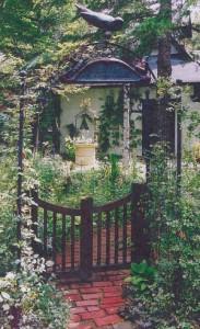八ヶ岳カントリーガーデンの施工事例:ゲート